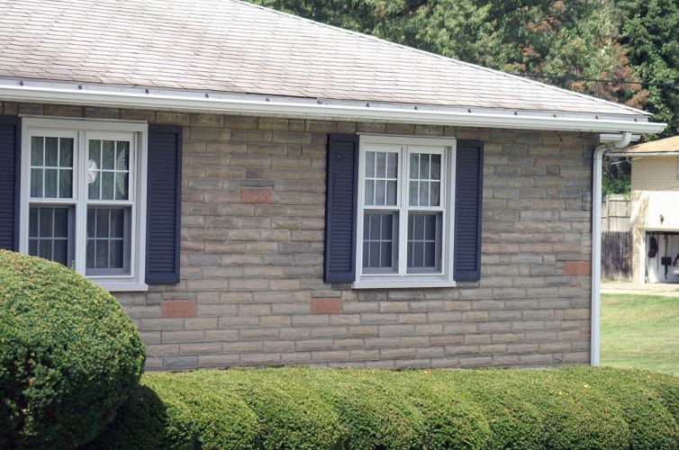 2twin-double-hung-exterior-grids-brick
