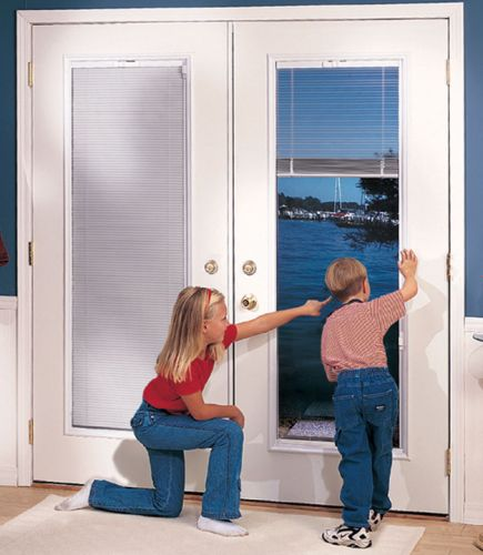 Traditional-Oxford-Door-internal-miniblinds