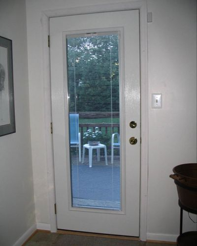 Traditional-Series-Oxford-entry-door-full-lite-internal-mini-blinds