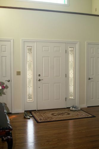 entry-door-classic-and-traditional-sidelites-inside